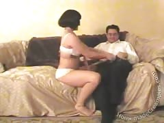 Black-haired mature wife is cheating in the homemade scene