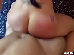 Homemade porn with a juicy brunette who likes hardcore style
